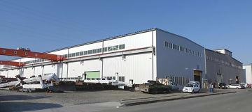 増設から半年経過の外山鋼業本社工場