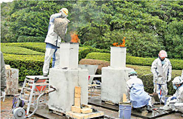 「さくまつり」での製鉄の操業実演風景
