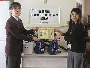 鈴木部長(左)と山田施設長