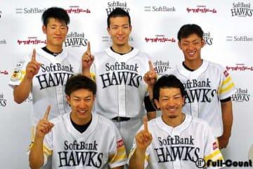 ソフトバンクから選出された選手たち【写真:藤浦一都】