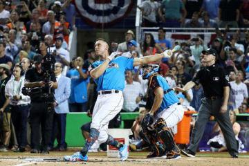 MLBオールスターのホームラン競争で初優勝を飾ったアーロン・ジャッジ【写真:Getty Images】