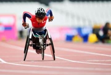 女子100メートル(車いすT52) 力走する田中照代=ロンドン(共同)