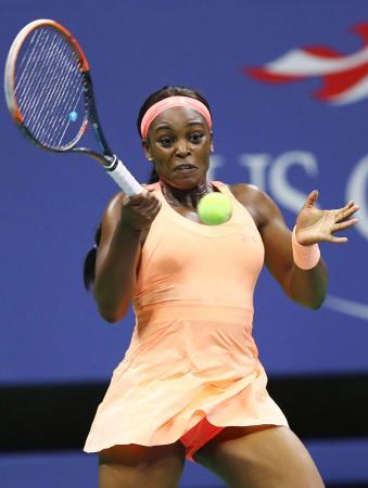 女子シングルス準決勝 ビーナス・ウィリアムズを破ったスローン・スティーブンス=ニューヨーク(ゲッティ=共同)