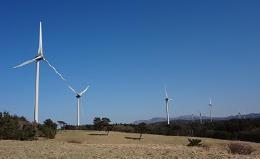 Jパワーの子会社が青森県大間町で稼働させた風力発電所