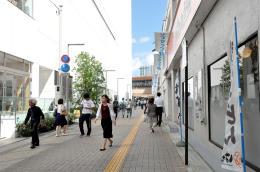 駅前マルシェが開催されるイービーンズと仙台パルコ2の間のスペース