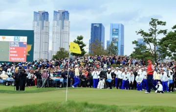 PGAツアーのレギュラートーナメント開催前に、プレジデンツカップが2015年に行われた Photo by David Cannon/Getty Images