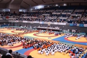 2002年に舞洲アリーナで行なわれた全国少年少女大会