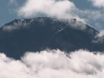 23日午前10時半過ぎの富士山の様子。画像提供:富士吉田市