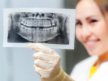 ヘアサロンに行くくらいの頻度で行く人もいる歯の定期検診。これに対して、歯科検診には全く行っていないという人も少なくありません。