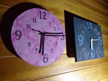 セリア、キャンドウ、ダイソーなどの100均のウォールクロックの「ムーブメント」を活用して壁掛け時計を、ボタニカル柄や黒板でデコったり、リメイクします。