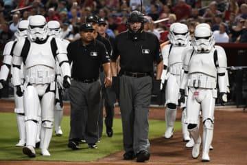 MLBの試合では定期的にスター・ウォーズのイベントが開催される【写真:Getty Images】