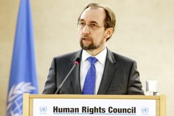 国連人権理事会で演説するゼイド人権高等弁務官=2月、ジュネーブ(AP=共同)