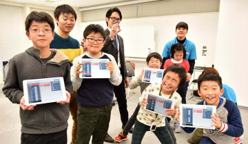 受講した全員が iPadを使ってプログラミングしてドローンを飛ばすことができた。