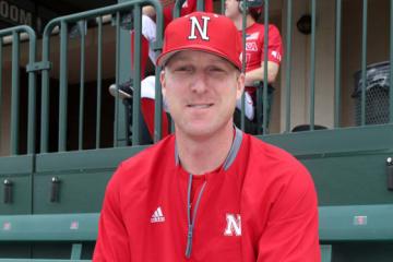 現在は母校ネブラスカ大学で野球部監督を務めるアースタッド氏【写真:西山和明】