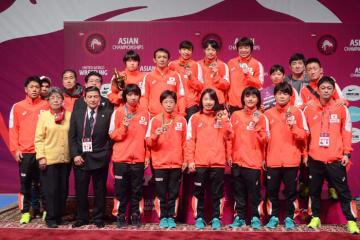 昨年の5階級制覇には及ばなかったが、団体3位を確保した日本チーム