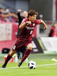 今季仙台から神戸に移ったMF三田。今季初勝利に闘志を燃やす=3月3日、ノエビアスタジアム神戸