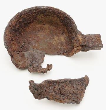 重要文化財に指定された把手付き片口鍋