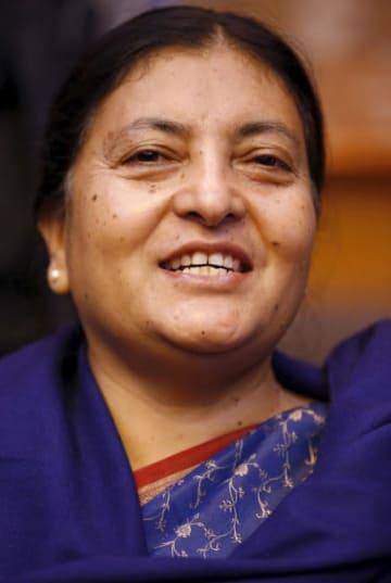 ネパールのビドヤ・デビ・バンダリ大統領(ロイター=共同)
