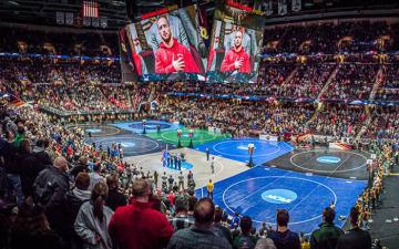 史上最高の観客が詰めかけた今年の全米学生選手権=USAレスリング協会サイトより