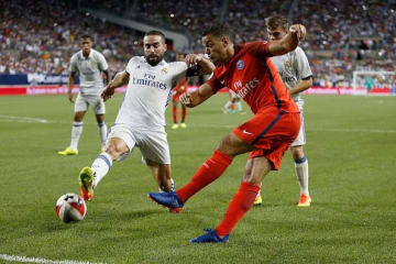 PSGで出番のないベン・アルファ photo/Getty Images