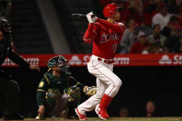この試合の初打席で圧巻の3試合連続本塁打を放った大谷翔平【写真:Getty Images】