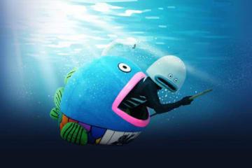時速20ノットモードで航行する謎の魚【写真提供:千葉ロッテマリーンズ】