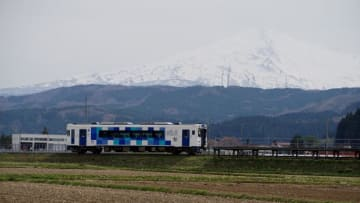 由利高原鉄道 YR-3000形気動車 鳥海山ろく線 曲沢駅