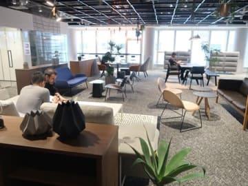 パナソニックが開設した「Panasonic Design Kyoto」のミーティングスペース(京都市中京区)