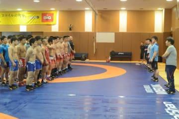 休日をはさみ、5月10日まで練習が続く全日本チーム