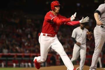 ヤンキース戦での走塁中に左足首を捻挫した大谷翔平【写真:Getty Images】