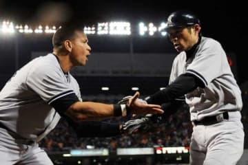 かつてヤンキースでチームメイトだったアレックス・ロドリゲス(左)とイチロー【写真:Getty Images】