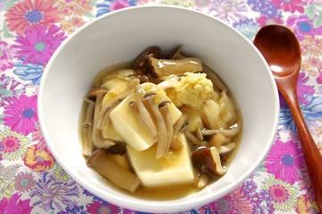 生姜たっぷりきのこのあんかけ豆腐 おつまみレシピ