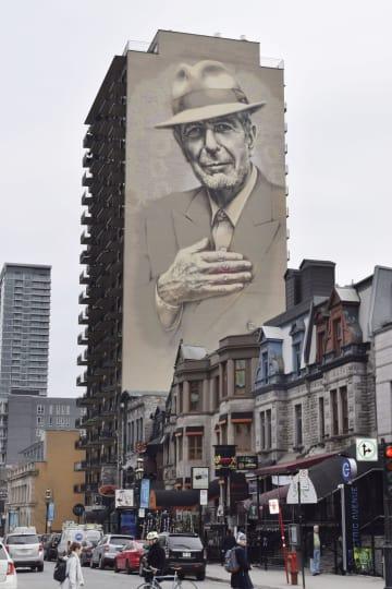 カナダ・モントリオールにある故レナード・コーエン氏の壁画=3月(共同)