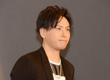 幼少期の写真を披露した山下健二郎(写真は2018年2月に撮影)
