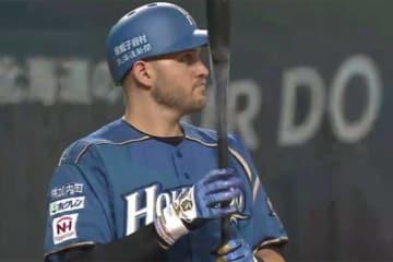 本塁打を放った日本ハムのブランドン・レアード【画像:(C)PLM】