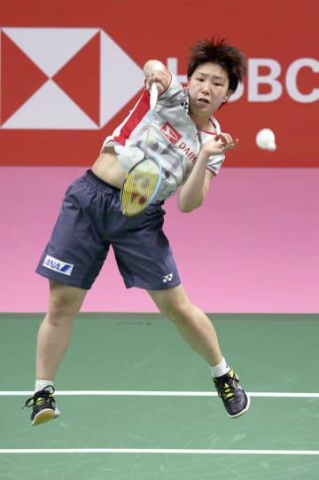 女子決勝 タイ戦のシングルスでプレーする山口茜=バンコク(共同)