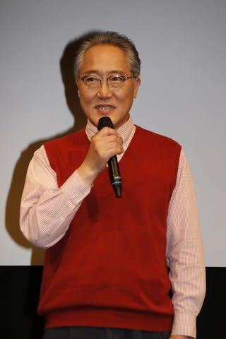 連続ドラマ「限界団地」の制作発表会見に登場した佐野史郎さん