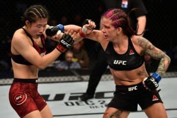 UFCファイトナイト上海:ウー・ヤナン vs. ジーナ・マザニー【中国・上海/2017年11月25日(Photo by Brandon Magnus/Zuffa LLC via Getty Images)】