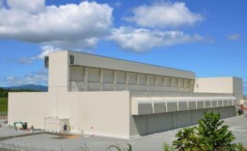 青森県むつ市の使用済み核燃料中間貯蔵施設=2013年8月