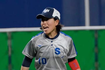 SGホールディングス ギャラクシースターズ 女子 ソフトボール リーグ