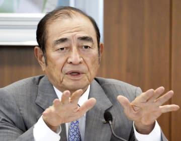米ゼロックス買収問題を巡り、見解を示す古森重隆富士フイルムホールディングス会長=7日、東京都港区