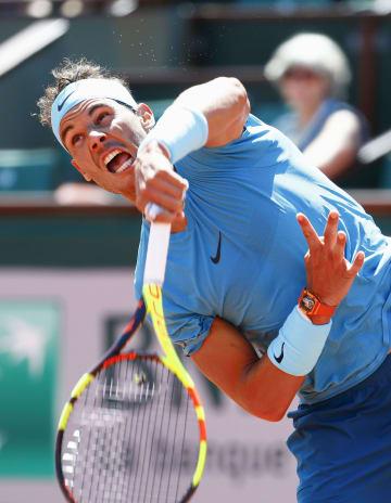 男子シングルス準々決勝で勝利し、4強入りを果たしたラファエル・ナダル=パリ(共同)