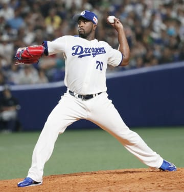 Onelki Garcia of the Chunichi Dragons