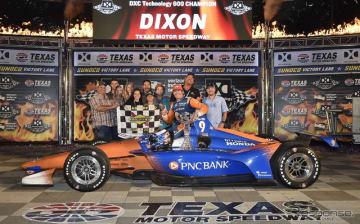 #9 ディクソンが今季2勝目を飾った。