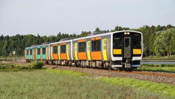 キハ E130系 普通列車 水郡線 下菅谷 後台
