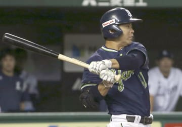 Yuhei Takai of the Yakult Swallows