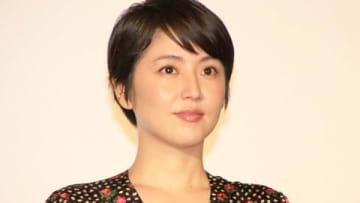 映画「50回目のファーストキス」の公開御礼舞台あいさつに登場した長澤まさみさん