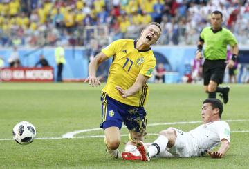 World Cup match between S. Korea and Sweden