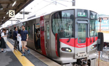 D―TASを導入したJR山陽線の227系車両