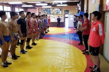 激戦終了の2日後に集まった男子両スタイルの全日本チーム